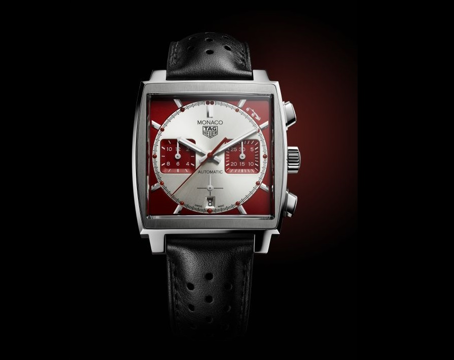 TAG Heuer reaffirms its long-standing association with the Grand Prix de Monaco Historique with a limited-edition TAG Heuer Monaco timepiece that pays tribute to the city's iconic race.