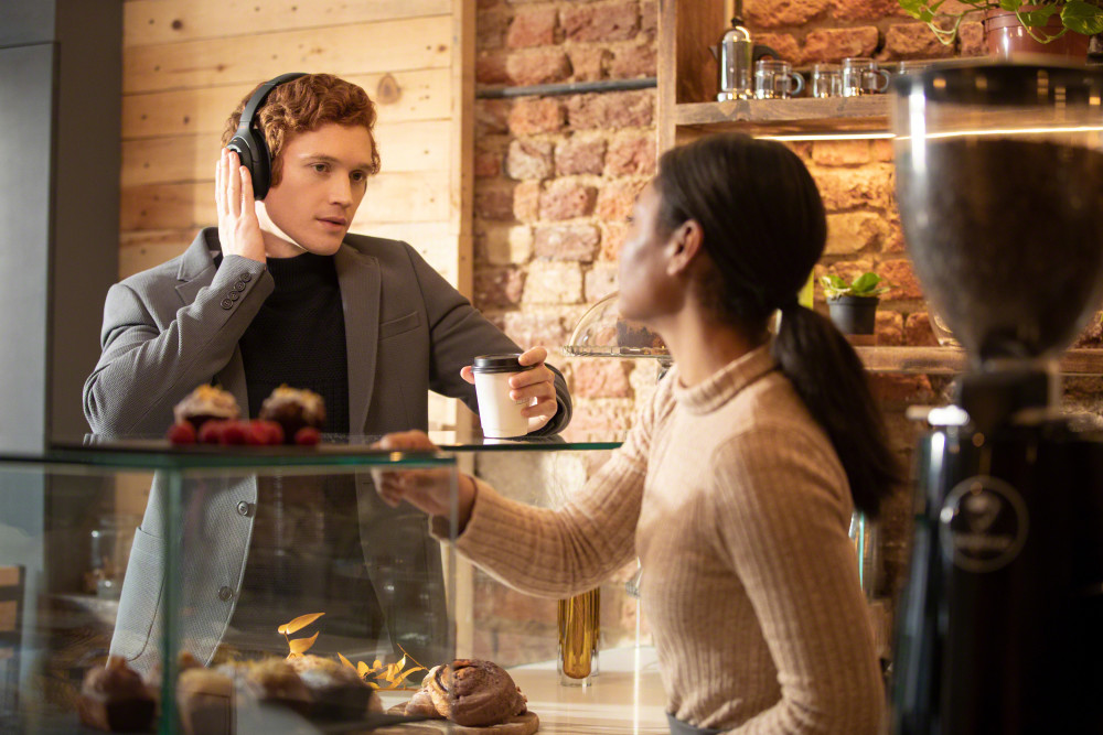 Sony's new WH-1000XM4 over-ear headphones let you personalise your music experience, improve noise-cancellation, and communicate effectively when you're on the move.