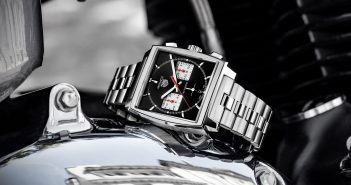 Tag Heuer releases one of its most iconic models, the Monaco, with three novelties boasting a new movement and new bracelets for 2020.