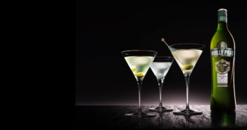 Dust off your bottles of Cinzano and Martini & Rosso and dig out your collection of classic cocktails: vermouth is back in vogue.