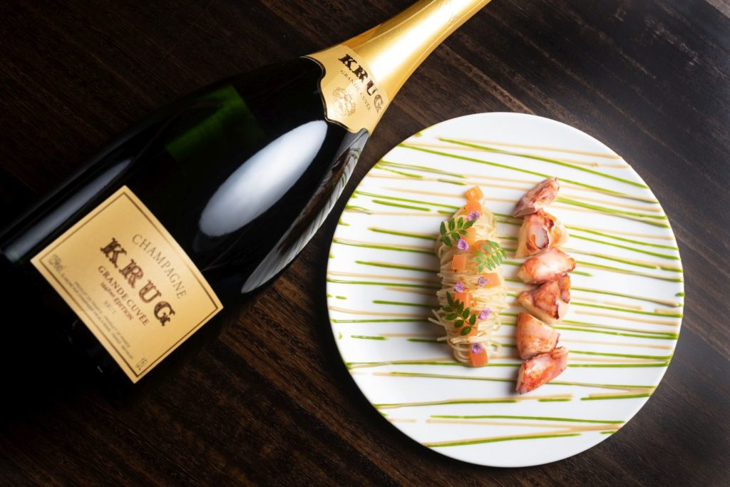 Landmark Mandarin Oriental Hong Kong - Celebrating the fact your relationship survived the global pandemic? Then do it in style with one of these top Hong Kong Valentine's Day dining experiences.
