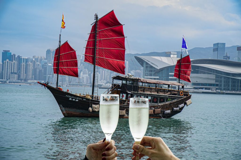 Aqua Luna - Valentine's Day is here again, and this year you might be celebrating your relationship surviving lockdowns and global pandemics so do it in style with one of these top Hong Kong Valentine's Day dining experiences.