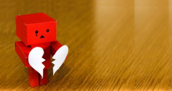 Suddenly found yourself flying solo again? A Break up is rarely easy but there are a few steps that can help you back on the proverbial horse.