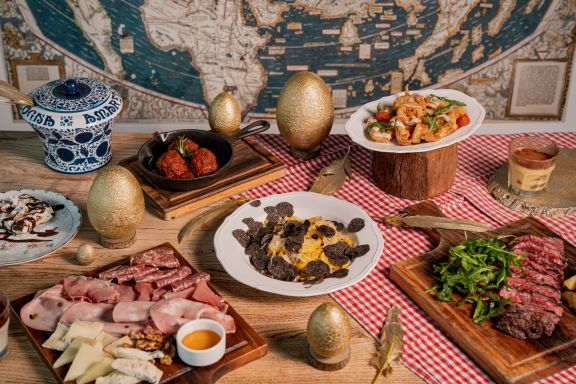 Pirata - Who doesn't love a long weekend? Make the most of the holidays with Hong Kong's best Easter dining experiences.