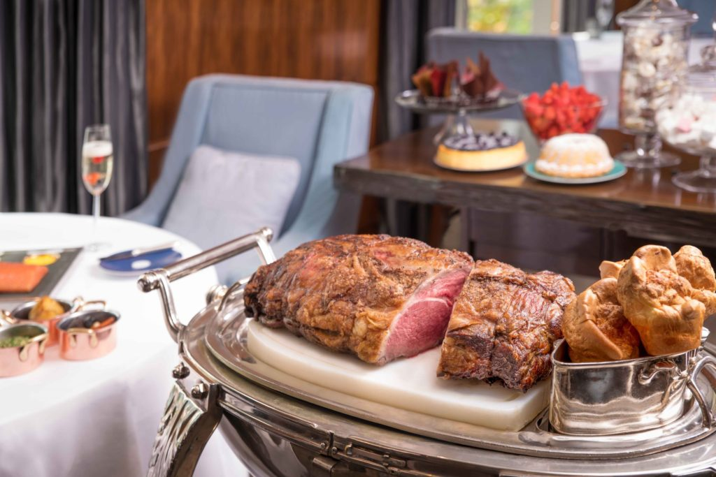 Mandarin Oriental Hong Kong - Who doesn't love a long weekend? Make the most of the holidays with Hong Kong's best Easter dining experiences.