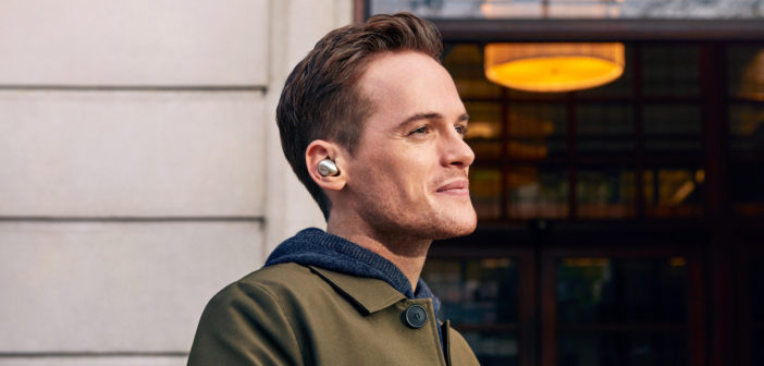 The new Mu3 earphones from KEF combine a sleek minimalist design with high-resolution sound for lads on the move.