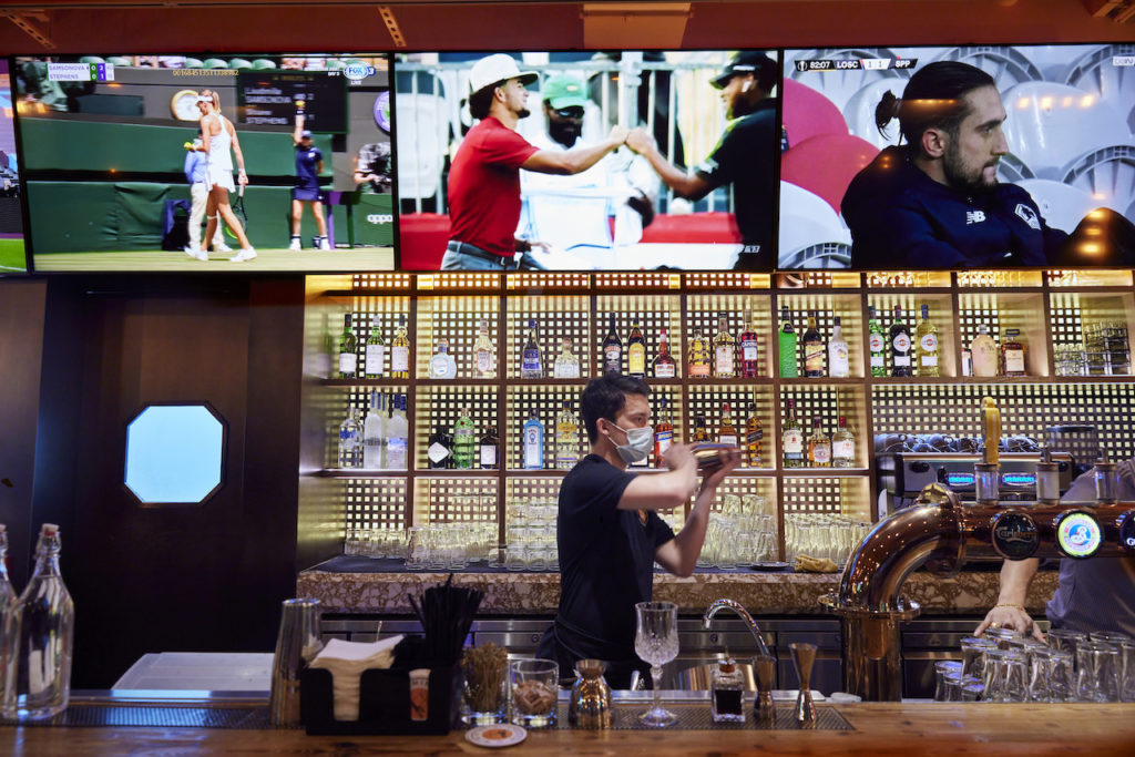 Hong Kong has a new hybrid sports bar restaurant with the opening of Ministry of Mussels in LKF's California Tower.