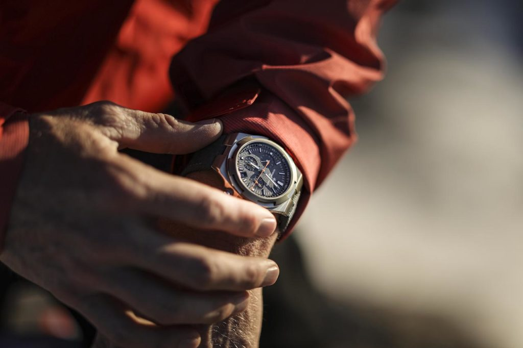 Inspired by the adventures of explorer and photographer Cory Richards, Vacheron Constantin has added two new Everest timepieces to its Overseas collection.